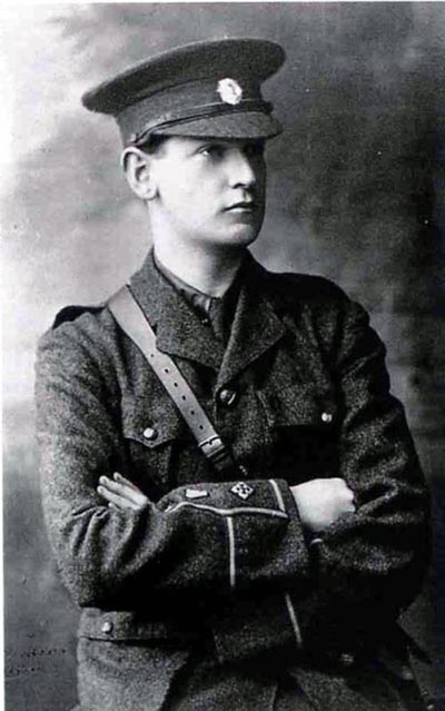 photo of Michael Collins as a young recruit 1916
