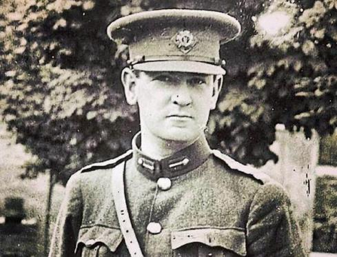 photo of Michael Collins close-up in uniform 1922