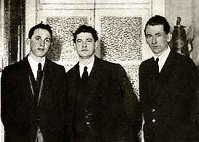 photo of Michael Collins & friends at the Gresham Hotel