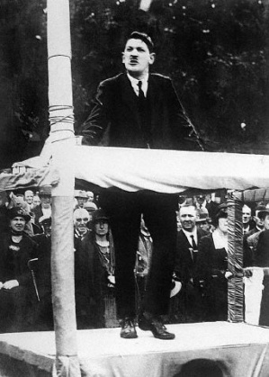 photo of Michael Collins at a rally in Armagh 1921